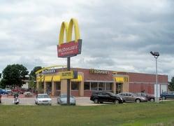 New_McDonalds_restaurant_in_Mount_Pleasant_Iowa