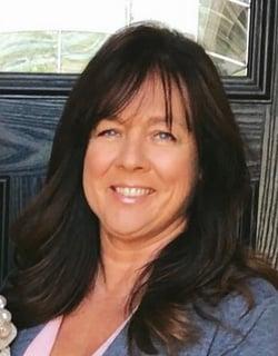 Rhonda Creten headshot